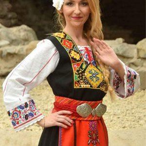 Женска народна носия от гр. Елхово.